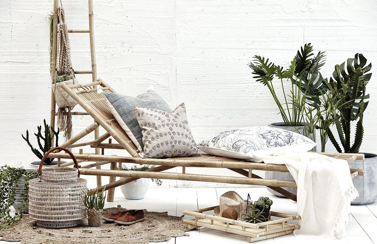 Skab en ekstra stue med de rette havemøbler
